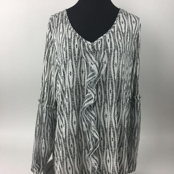 69ead1f41a0 Lane Bryant Tops - Lane Bryant Shirt Size 18 20 Black   White Blouse